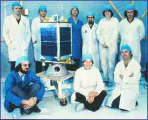 UoSAT-1 team at Vandenberg Air Force Base