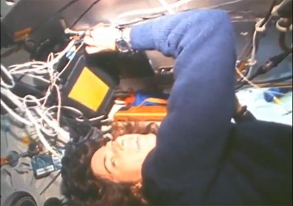 ellen ochoa on space shuttle discovery - photo #6