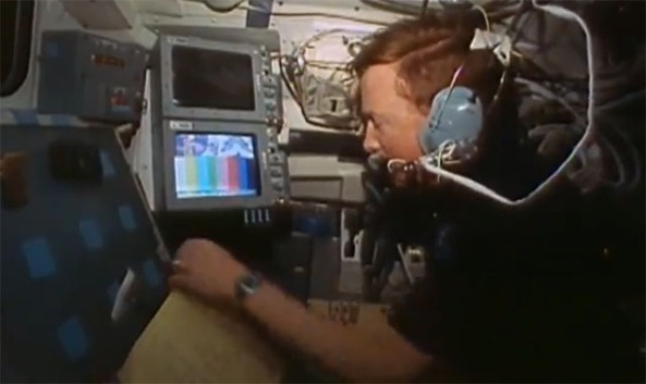 Richard Richards KB5SIW Receiving SSTV on Space Shuttle STS-50