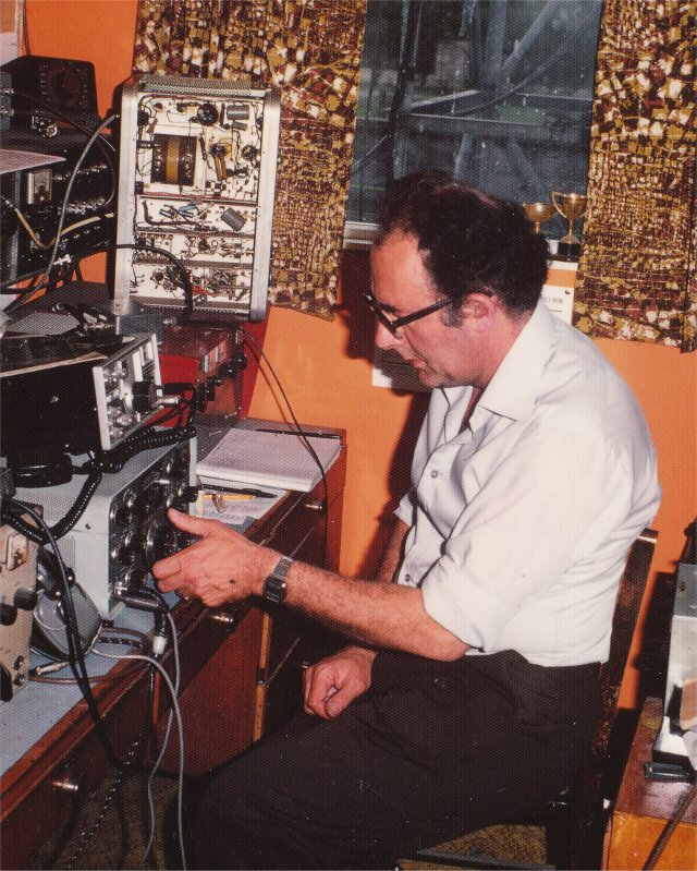 Pat Gowen G3IOR in radio shack circa 1975
