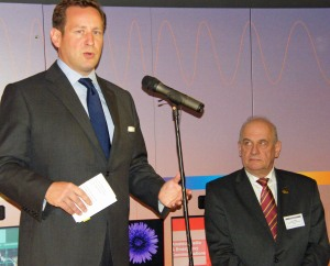 Ed Vaizey MP and RSGB President Dave Wilson M0OBW