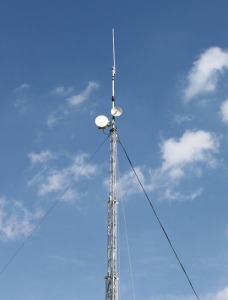 20m Mast and antennas at EMF 2012 Milton Keynes - Image Credit Kitty Wong