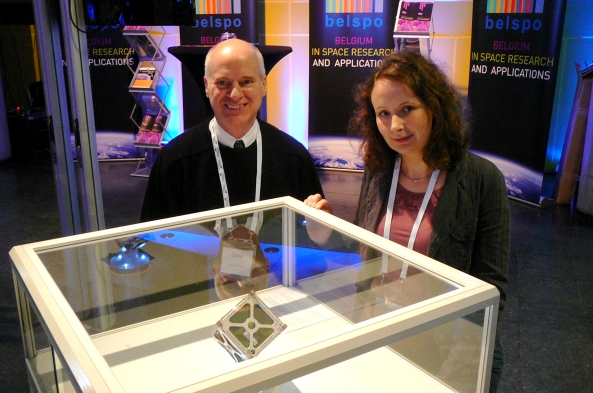 Professor Jacques Verly ON9CWD (Montefiore Institute) and Amandine Denis ON4EYA, Head of Project OUFTI (LTAS) with the flight model (structure) of OUFTI-1 - Image credit ESA
