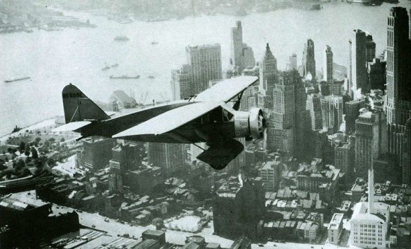 Lituanica above New York in 1933