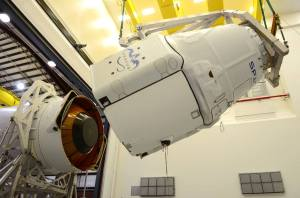 CRS-3 Dragon spacecraft is mounted on the Falcon 9 rocket