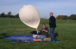 David Akerman M0RPI and Heston Blumenthal with balloon - Image credit M0RPI