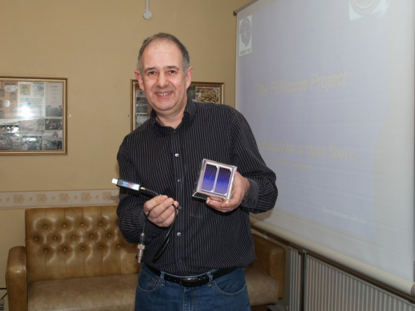 David Bowman G0MRF giving one of his popular FUNcube satellite presentations