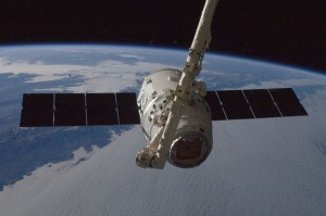 SpaceX Dragon grappled by ISS  Canadarm2 2012-10-10