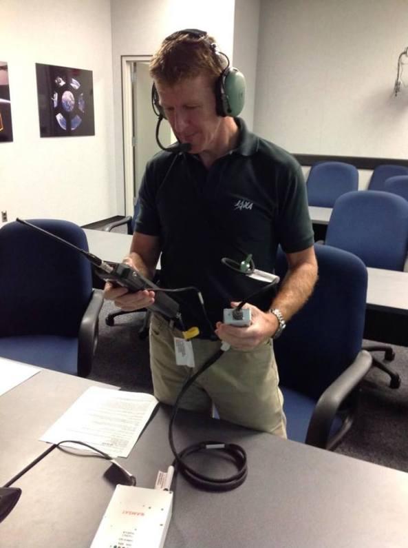 Tim Peake KG5BVI training on ISS Amateur Radio Station Equipment
