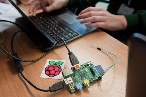 A Raspberry Pi computer. Credit: UK Space Agency (Max Alexander).