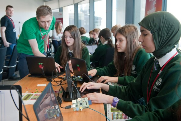 Students programming the Astro Pi computers Credit: UK Space Agency (Max Alexander)