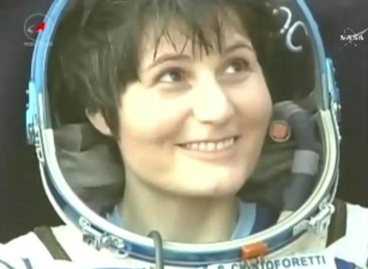 Samantha Cristoforetti Iz0udf Back On Earth Amsat Uk