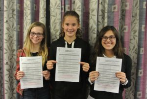 Sandringham School pupils with Foundation certificates - Credit VARC Greg Beacher M0PPG