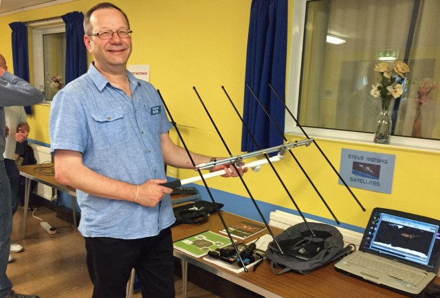 Steve Hedgecock M0SHQ with Elk 145/435 MHz Log Periodic Antenna