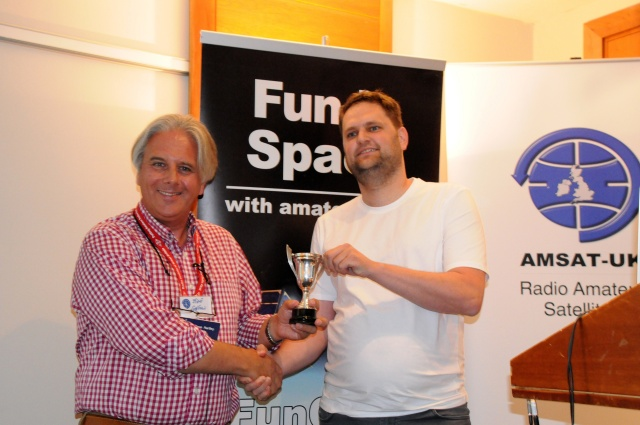 Steve Hartley G0FUW presents the Louis Varney Cup to Wouter Weggelaar PA3WEG - Credit Mike Rupprecht DK3WN