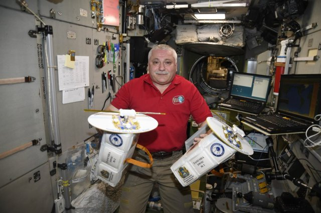 ISS Expedition 52 Commander Fyodor Yurchikhin RN3FI with Tanyusha-SWSU 1 and 2 CubeSats