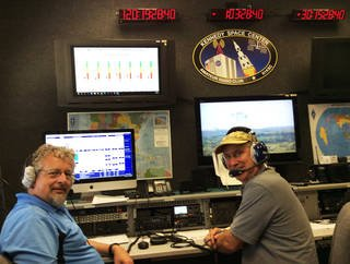 Kennedy Space Center Amateur Radio Club members Dennis Veselka KI4KNC and Scott Vangen WB0QMZ