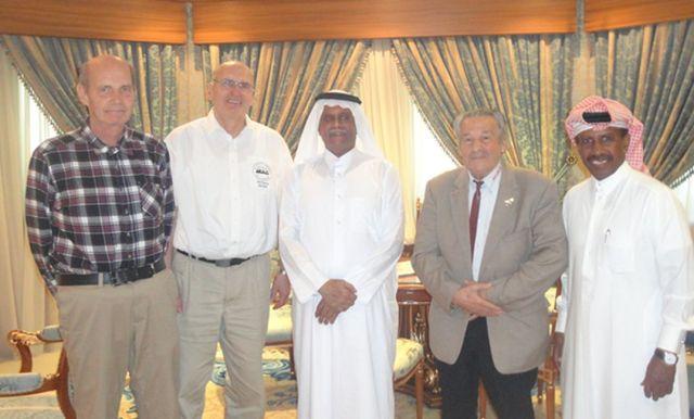 Michael, DF4HR, Wolfgang, DK2DO, Abdullah bin Hamad al-Attiyah, Mustapha, DL1BDF, Sabaan Mismar Al-Jassim, A71BP - Credit DARC