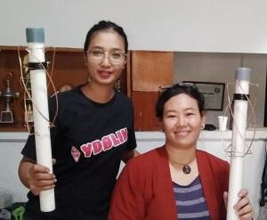 Participants built QFH antennas at the ORARI workshop